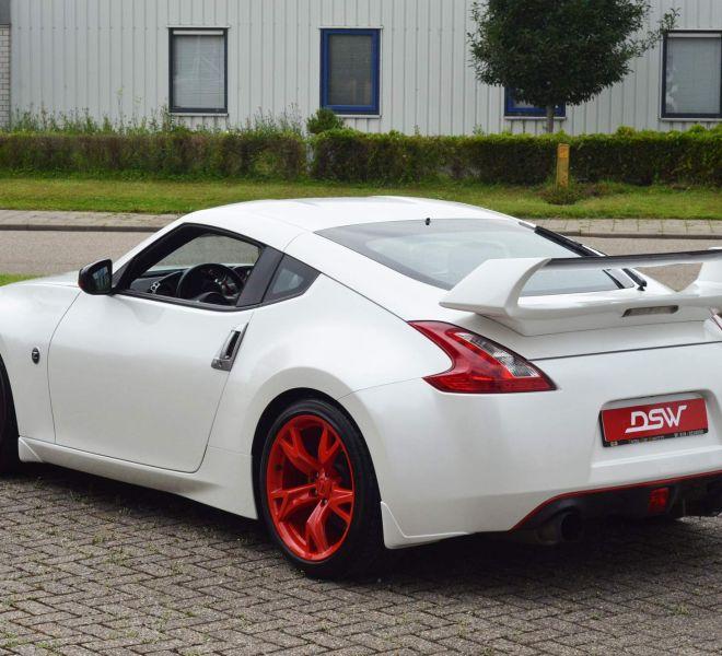 nisasn_350z_carwrap_white_gloss